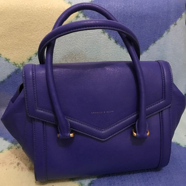 *reserved* Charles & Keith blue hand bag (price down)