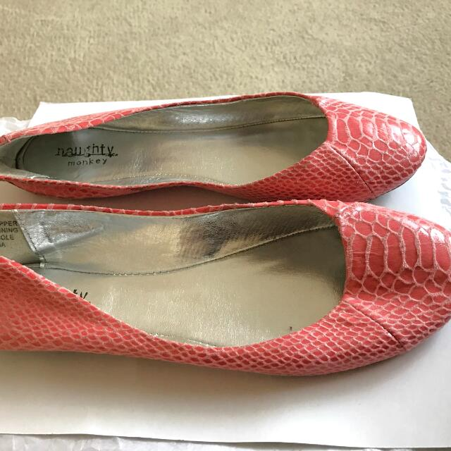 Coral Faux Snakeskin Flats Sz8