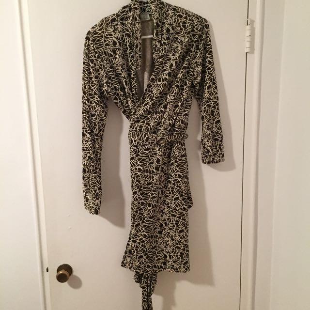 Diane Von furstenberg Dress Size 14