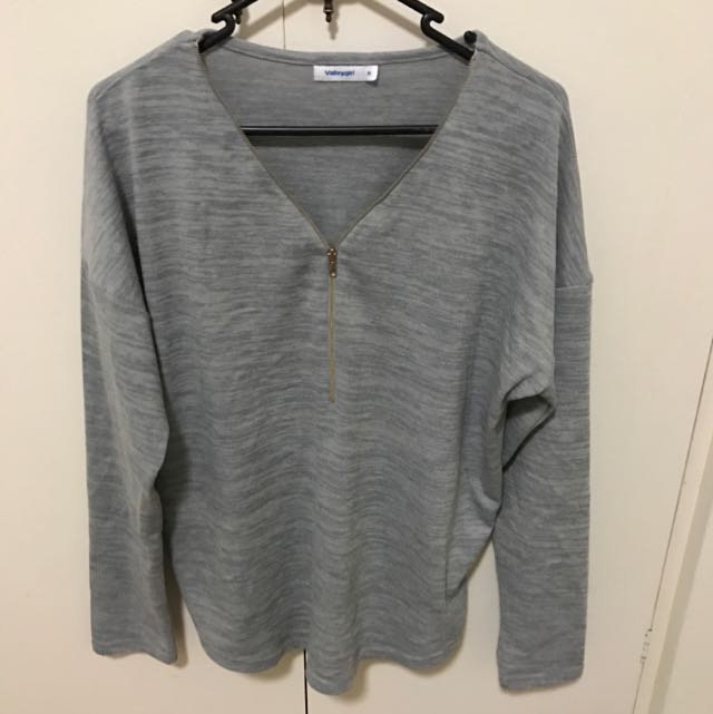 gray jumper