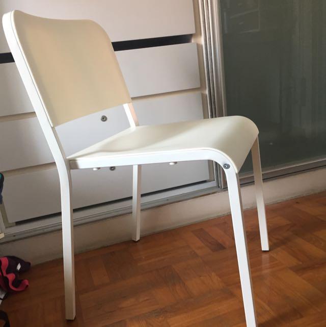 ieka  chair  brand new