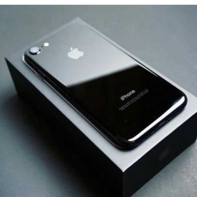 Iphone 7 64GB black (Unlocked) Version