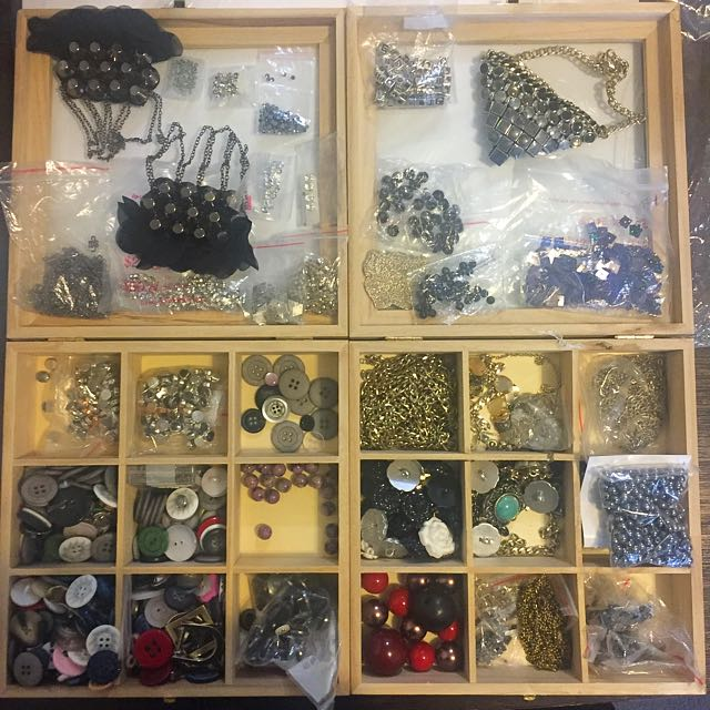 Jewellery, Beads, Chains, Buttons, Closures, String, Silver, Swarovski, Crystals, Rhinestones, Sequin And More!!!