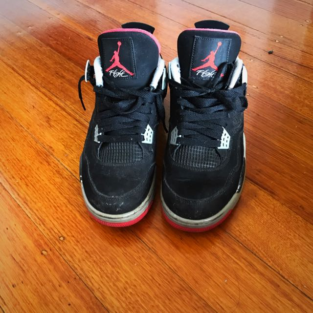 Jordan 4 Size 9.5 US