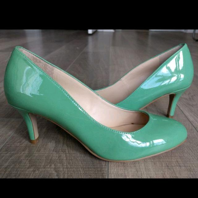 NEW Nine West Heels - Size 6.5