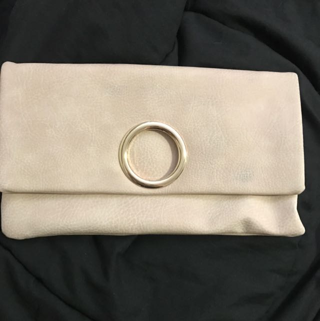 Nude/gold Clutch