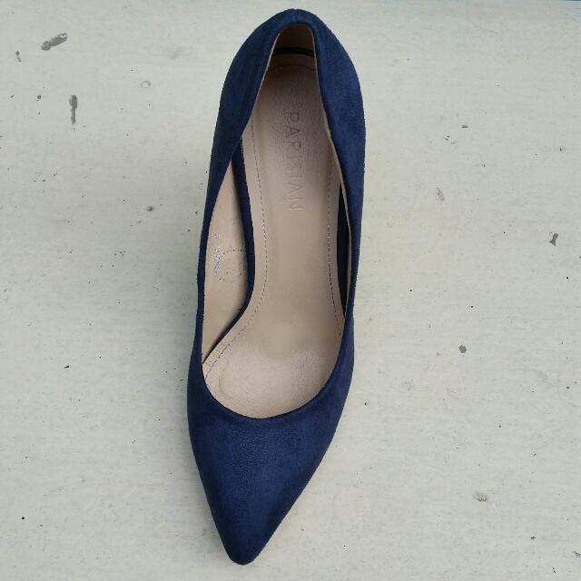 REPRICED Parisian Basic Navy Blue Heels