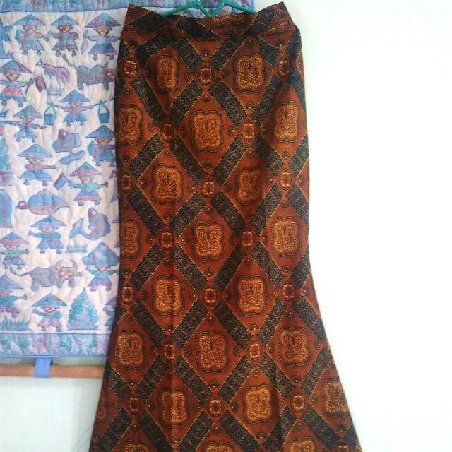 Rok Batik Model Duyung Women S Fashion Women S Clothes On Carousell