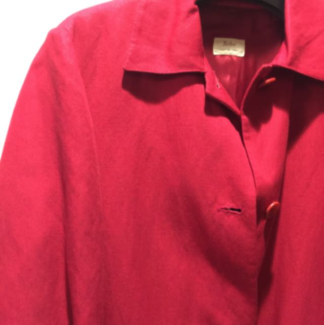 義大利製Sisley紅色風衣外套