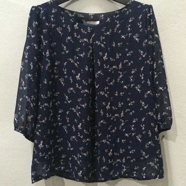 St Yves Navy Top