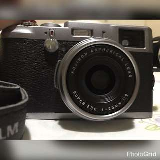 Camera Mirrorless Fujifilm X100 Finepix, kondisi istimewa