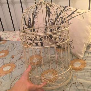 VINTAGE LOOKING BIRD CAGE TO DECORATE YOUR HOUSE