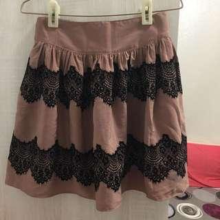 韓製-復古蕾絲短裙