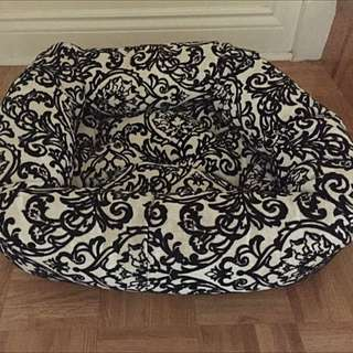 Brand New dog Bed