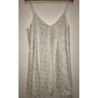 White nightie/dress - Size 14-16