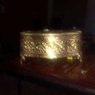 Gold vintage jewelery box