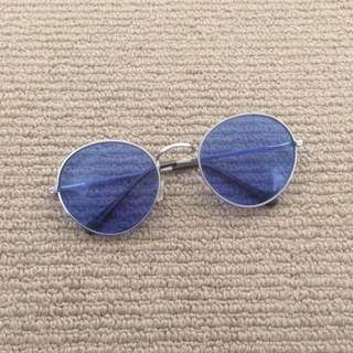oval blue sunnies