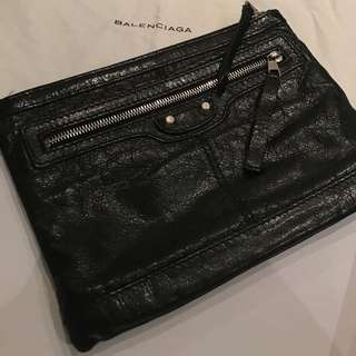 Authentic Pre-owned Balenciage Lamb skin clutch$150