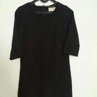 Black Dress Merek Gaudi