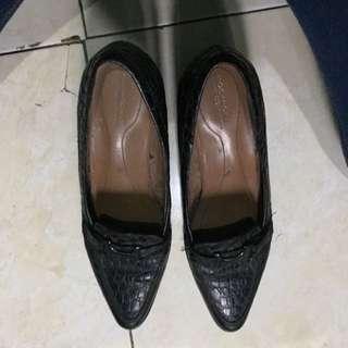 Sepatu Krja Wedges