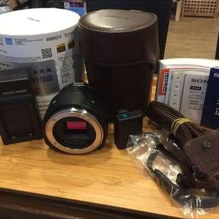 Sony ILCE-QX1 鏡頭式單眼相機