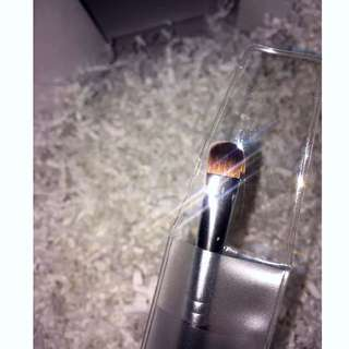 Anastasia Beverly Hills Pro A27 Brush