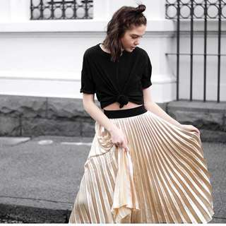 Hello Parry Gold Pleated Skirt With Elastic Waist Size 6