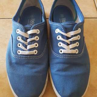 Mossimo Women's Shoes Size 8