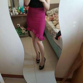 fuschia assymetric skirt