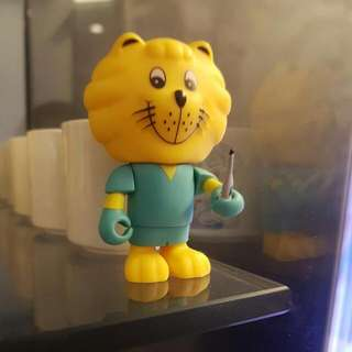 Brand New In Pack Bnip SG50 SINGA / Doctor Singa / Courtesy Lion Collectible