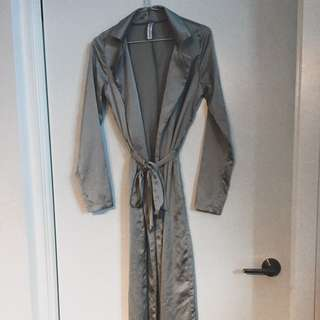 Satin Trench (silver)