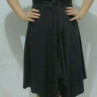 Dress Pesta Hitam Spandek Adem