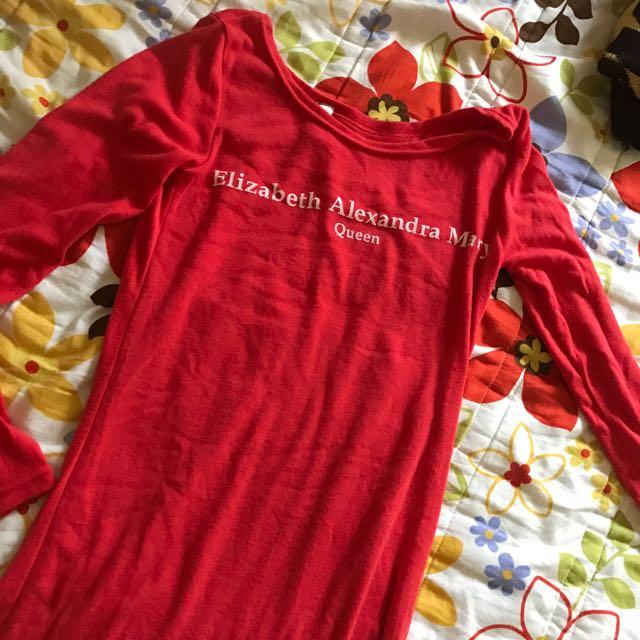 紅色英文字貼身上衣