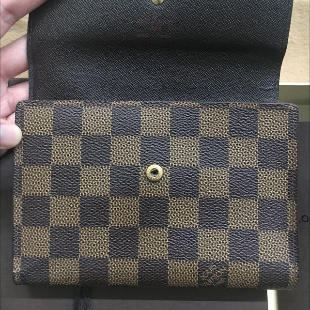 Authentic Louis Vuitton Damier Wallet