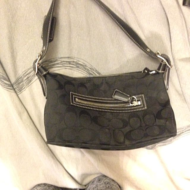 Black Coach Purse (authentic)