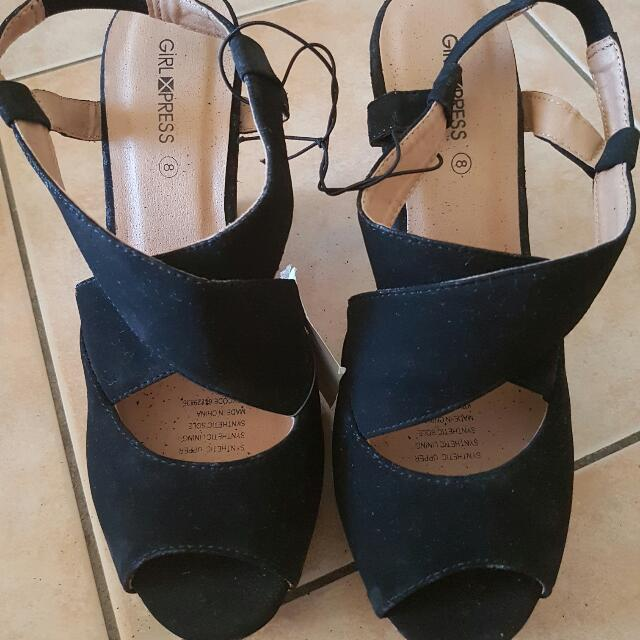 Brand new Size 8 Wedges