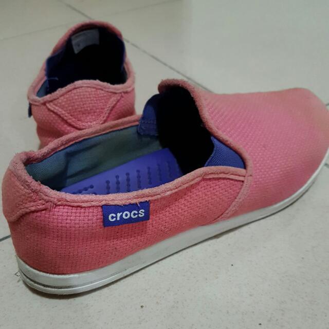 Crocs 帆布休閒鞋