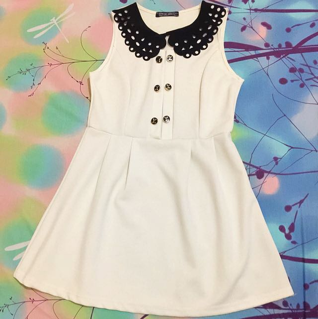Dress Buttons White