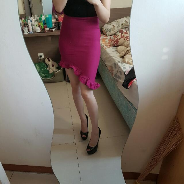 fuschia assymetric skirt