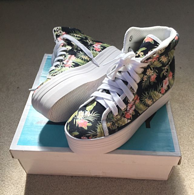 Jeffrey Campbell's Homg Platform Sneakers