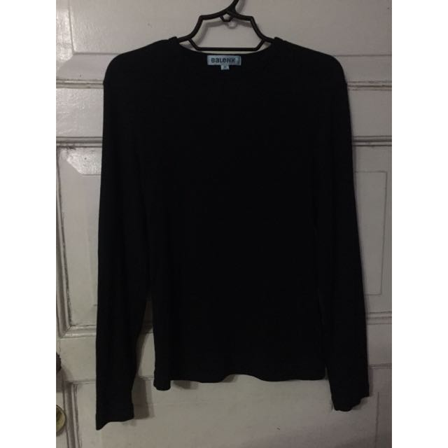 Long-sleeves Black