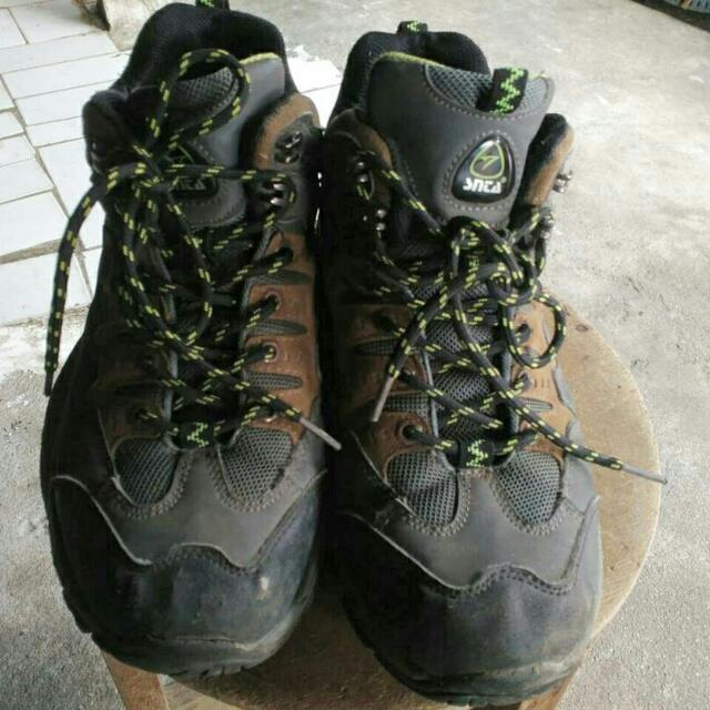 SNTA Treking Shoes