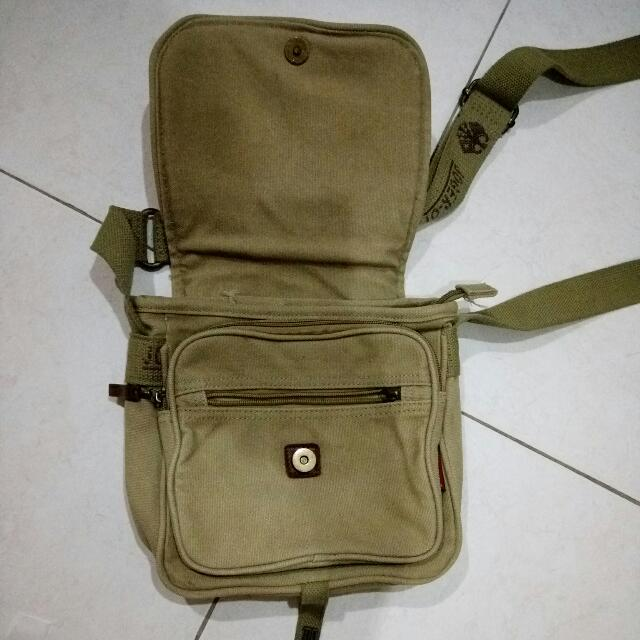 Tas Selempang Kecil JOGER (Authentic), Men's Fashion, Men's Bags & Wallets, Sling Bags on Carousell