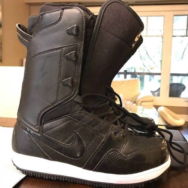 Women's Nike Snowboard boots 8.5