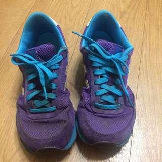 古著鞋款。new Balance