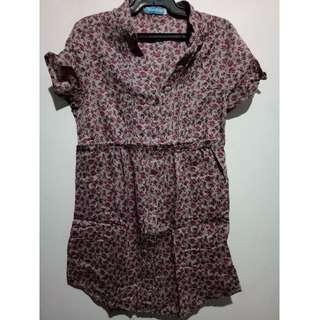 Seventeen by Cinderella floral blouse