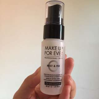 Make Up Forever Mist And Fix