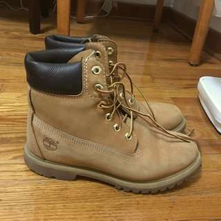 Timberlands Size 8.5 Womens/ 6.5 Men