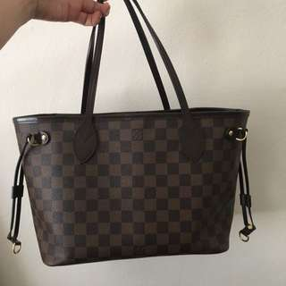 Authentic Louis Vuitton Neverfull in PM