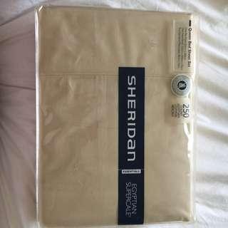 Sheridan Queen Bed Sheet Set (1 Flat Sheet, 1 Fitted Sheet & 2 Pillow Cases)